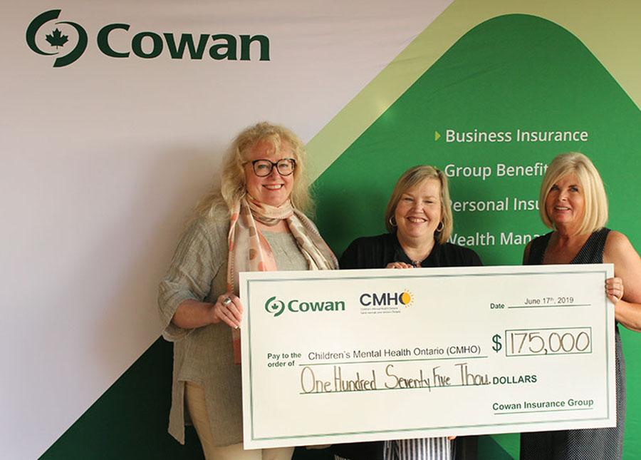 Présentation du chèque 2019 pour la Cowan Charity Classic